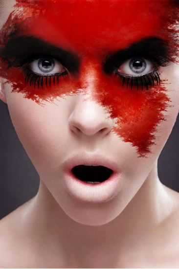 Obrázek z Červený make-up v tubě