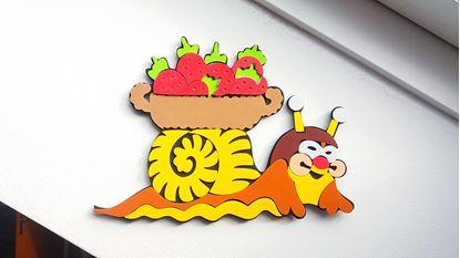 Obrázek Dekorační samolepka na zeď - šnek